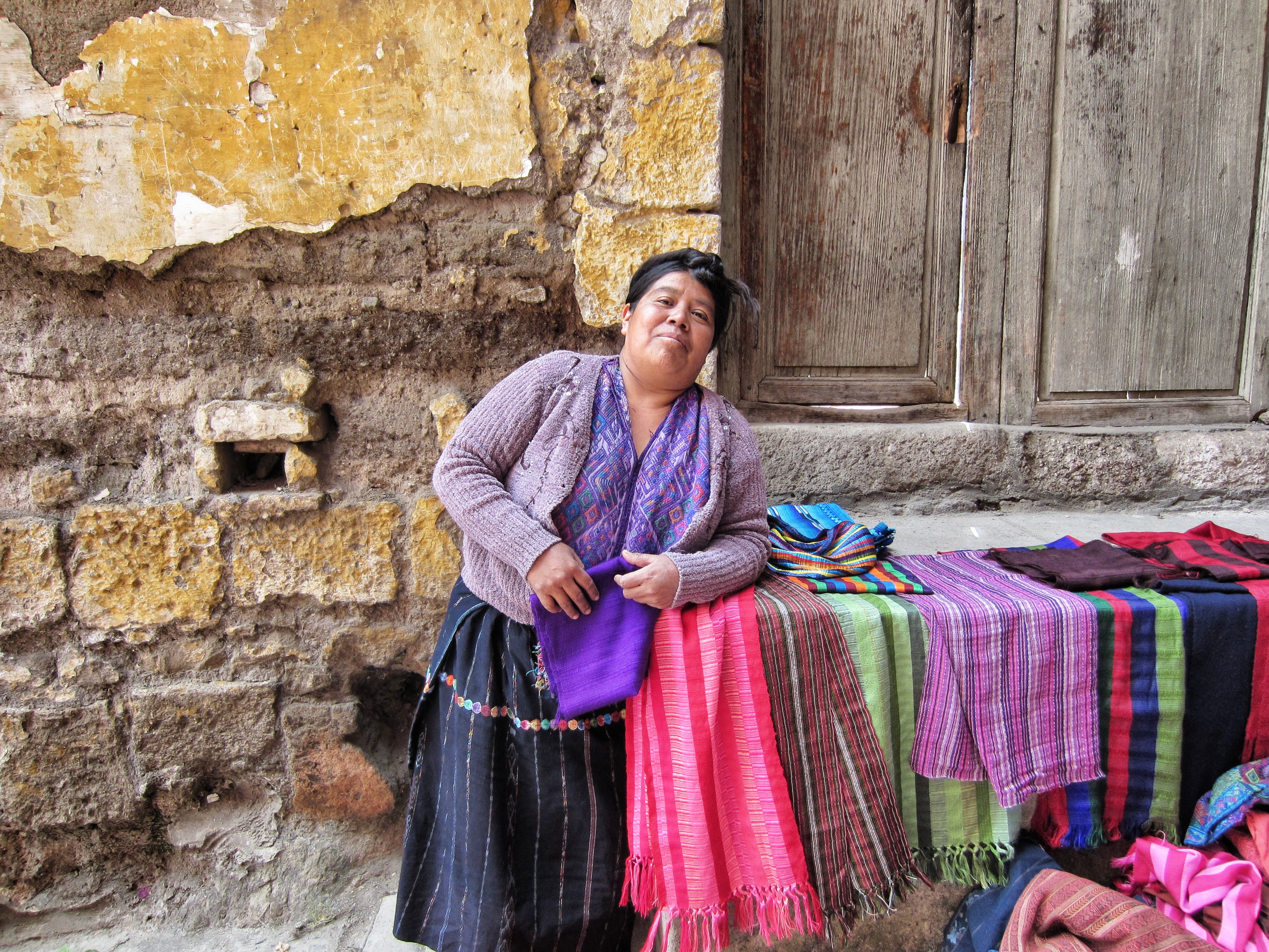 guatemala and spanish cultures Guatemalan culture by the end of your course you are in a position to have full conversations in spanish, and even travel around guatemala with relative.